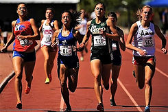 race-finish-line-athletes-competition-tr