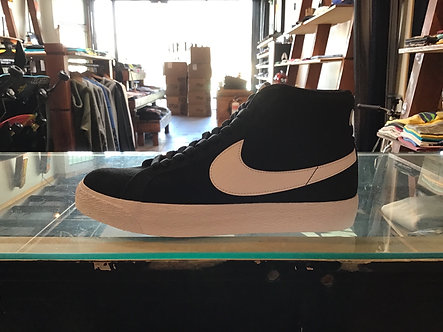 Nike SB Blazer Mid Black/White 864349-002