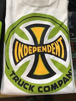 Independent Green across Tee