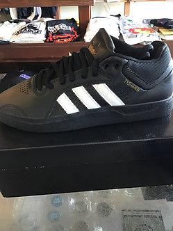 Adidas Tyshawn H04930