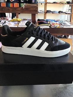 Adidas Tyshawn Low GW4891