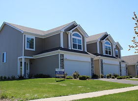 Two story townhomes on a sunny day in Aurora Illinois