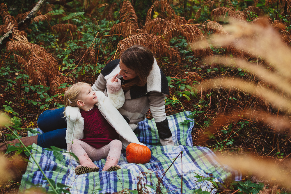 Autumn family photoshoot in Berkshire