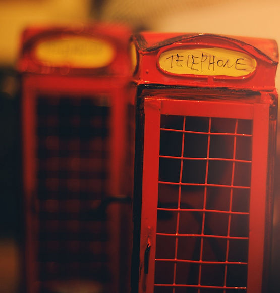 a_little_telephone_booth_in_france-wallp