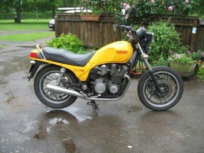 XJ 750 yellow 001_resized