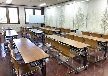 大研修室2-2.jpg