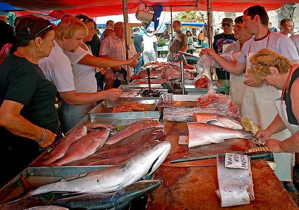 Marsaxlokk open market