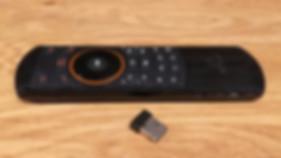 Rii i25 שלט אוויר מיני מקלדת אלחוטית לסטרימר מחש