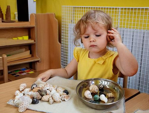 Listening-to-shells-Web-site-.jpg
