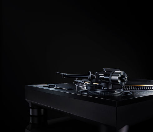 Direct_Drive_Turntable_System_SL_1210GAE