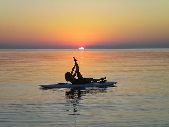 SUP Yoga Empire MI