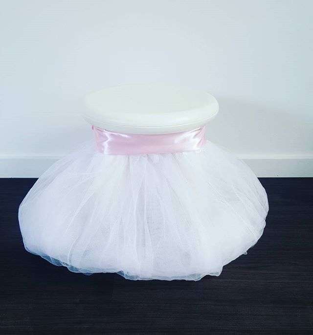 Princess stool__Available to hire _#hire #geelong #princessparty #partyinspo #partyhiregeelong #part