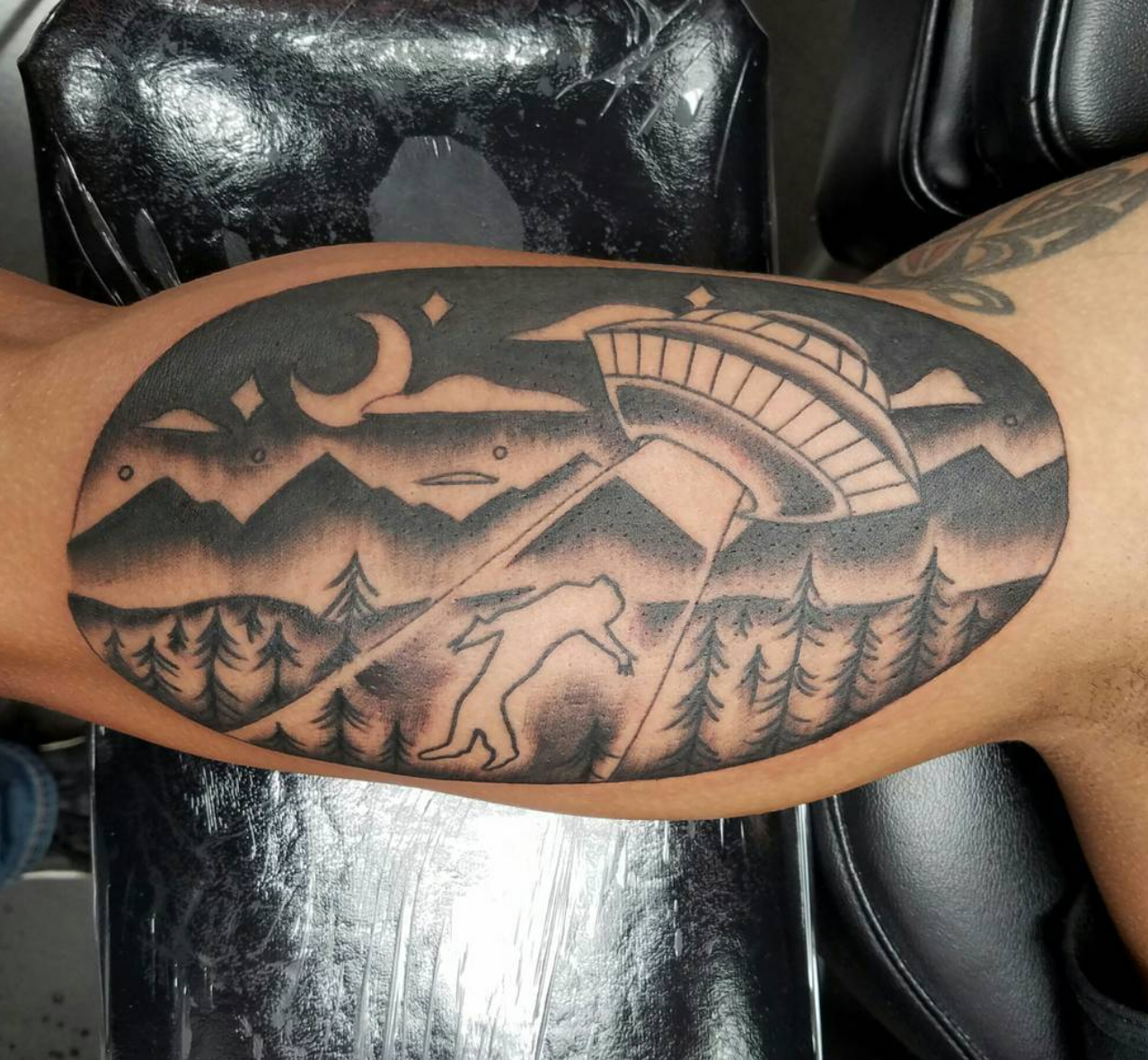 UFO black and grey tattoo