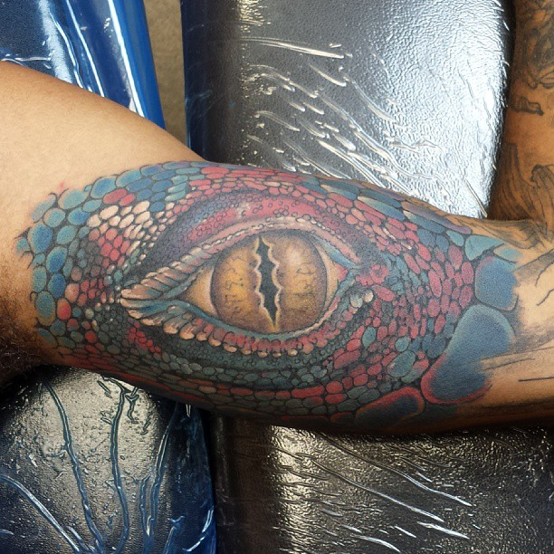 Lizard eye tattoo