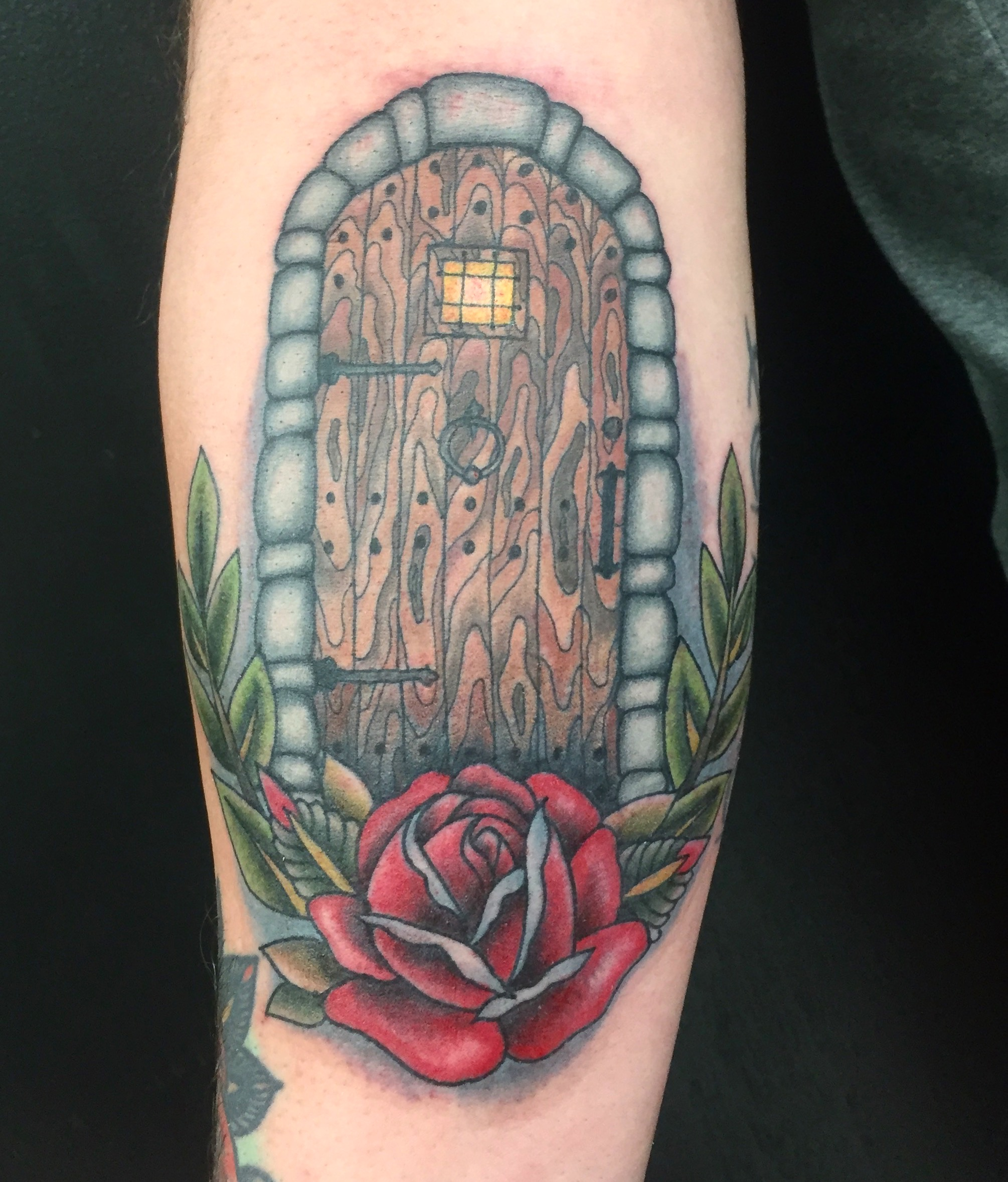 door and roses tattoo
