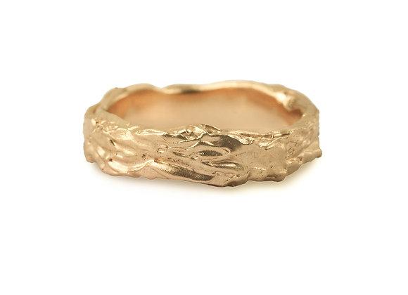 Bark Wavy Wide Ring