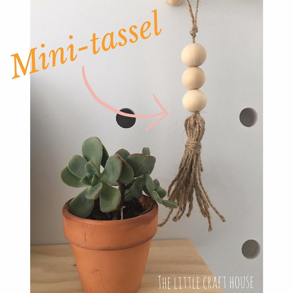 Mini-Tassel