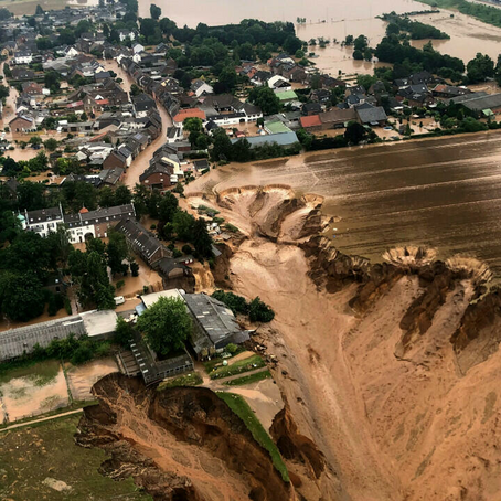 Why are recent floods so flashy (and so common)?