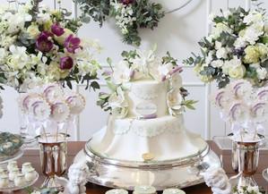 Batizado branco e lilás