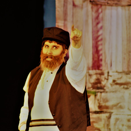 A Fiddler on the Roof!