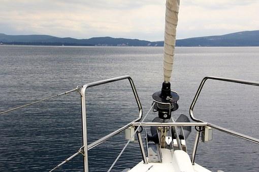 sailing-boat-1028677__340