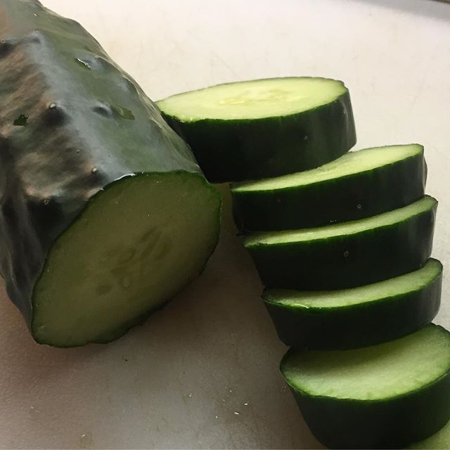 First cucumber of the season in my belly !! Added some vinegar and salt and pepper. Yummm. Hopefully
