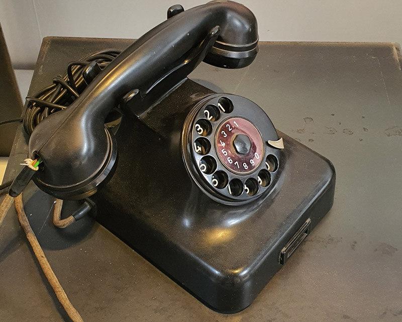 Telefon_Pn.jpg