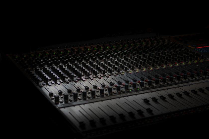 Sound%20equipment_edited.jpg