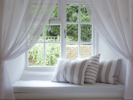 Things to consider before hiring curtain cleaning in Dubai.