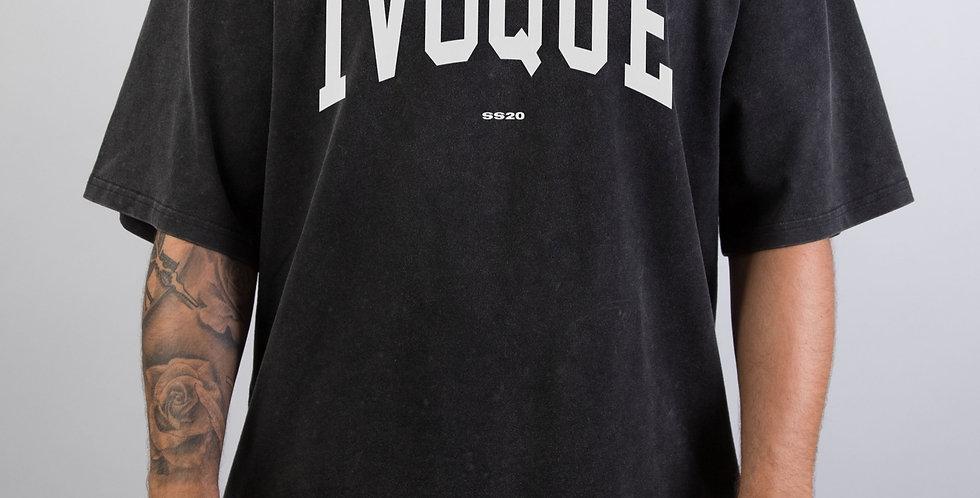 IVOQUÉ - Logo Tee Washed Black White