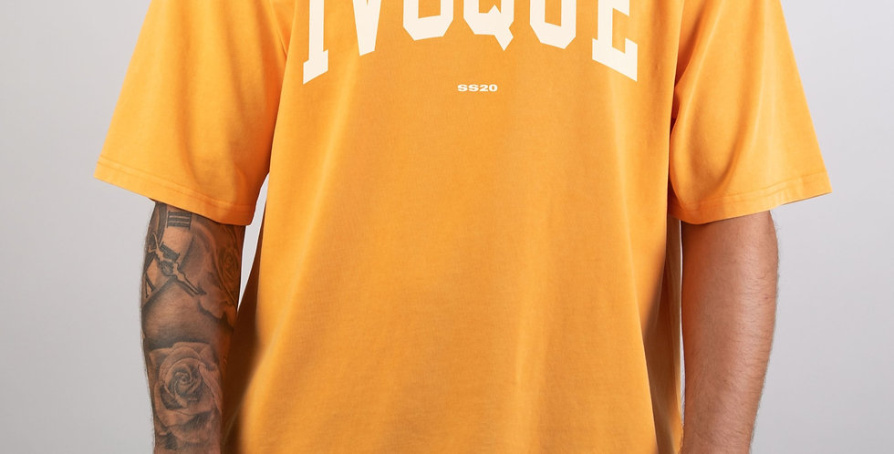IVOQUÉ -Logo Tee washed Orange White