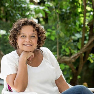 Samantha Gonçalves