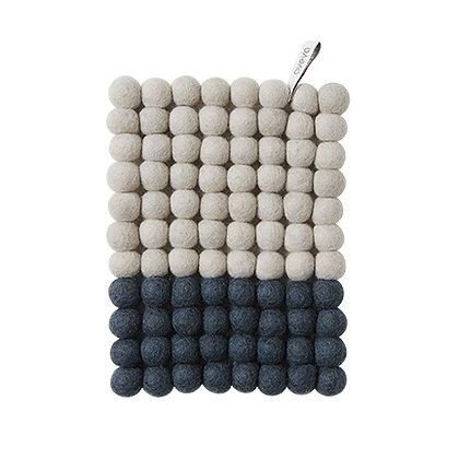 AVEVA trivet rectangular, gray