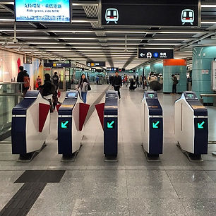 The-new-MTR-station-gates-look-pretty-mo