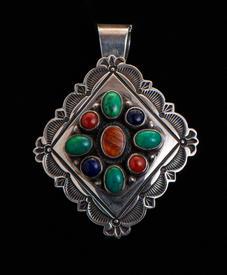 Necklace-028-17.jpg