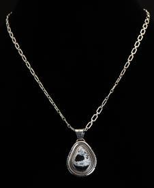 Necklace-006-4.jpg