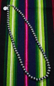Necklace Preals-007-2.jpg