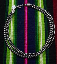 Necklace Preals-005-1.jpg