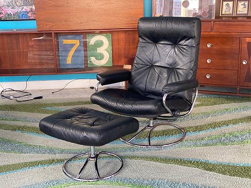 "1960s Ekornes ""Stressless"" reclining leather lounger"