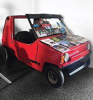 Petite auto rouge