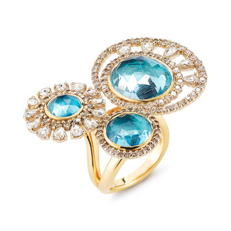 18k Yellow Gold Three Stone Ring with Aquamarine (10.57 tcw), White Diamonds (1.84 tcw), and Rose Cut Diamonds (1.31. tcw)