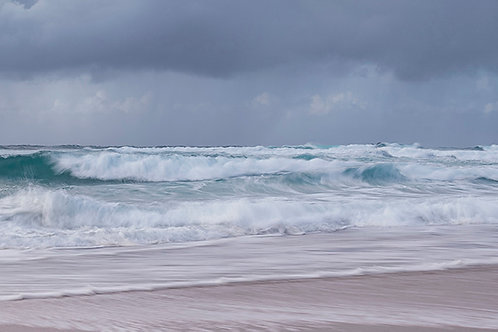 Huge waves at Sennen Cove