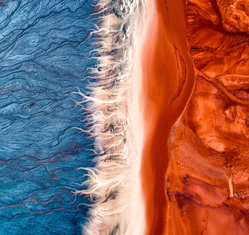 Plain-of-the-Earth-1st-place-Story-Professional-2017-SkyPixel-Photo-of-the-Year