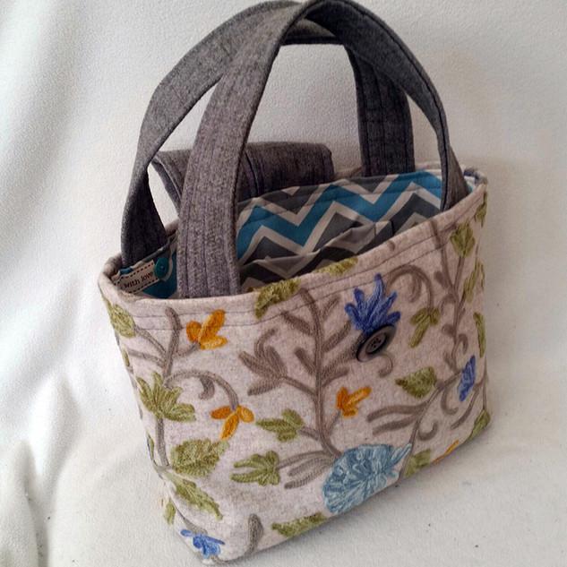 Buttonbury-by-Sandra-Harris---handmade-b
