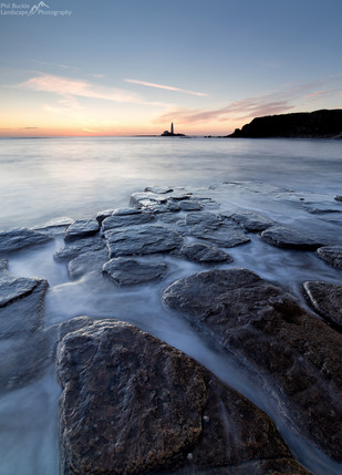 St Mary's Lighthouse Sunrise.jpg
