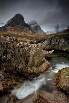 Sisters Waterfall.jpg