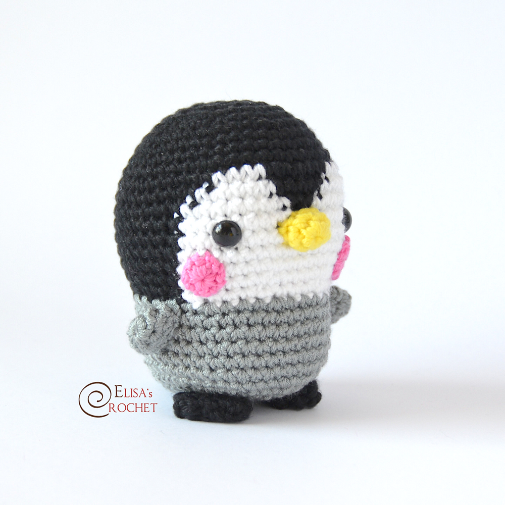 Kevin the Penguin crochet pattern - Amigurumi Today | 1000x1000