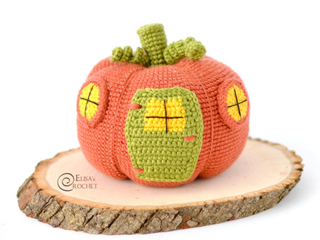 Pumpkin House Free Crochet Pattern