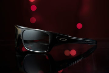 oakly-glasses-product.jpg
