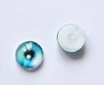 Eyes with printed eye design
